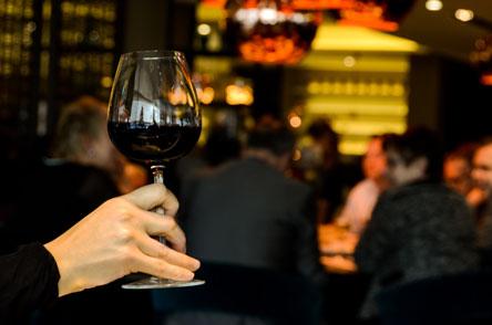 Borhűtő bortároláshoz