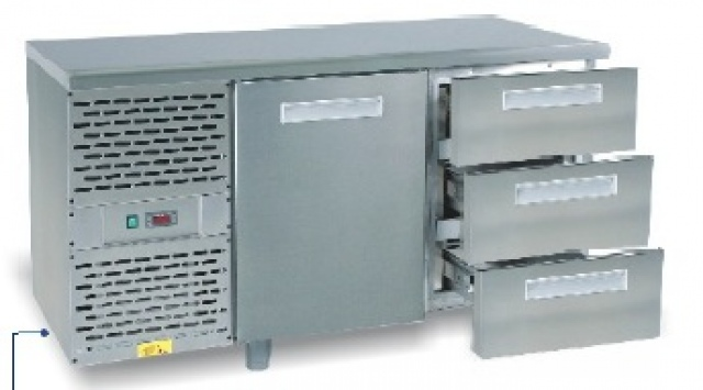 SCH-702 - Hűtött munkaasztal gránit munkalappal