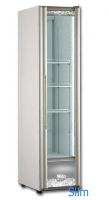 RC300 - Üvegajtós hűtővitrin
